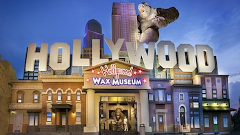 Branson Hollywood Wax Museum Entertainment Center