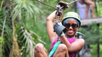 Extreme Canopy Zipline Adventure im Selvatica Park