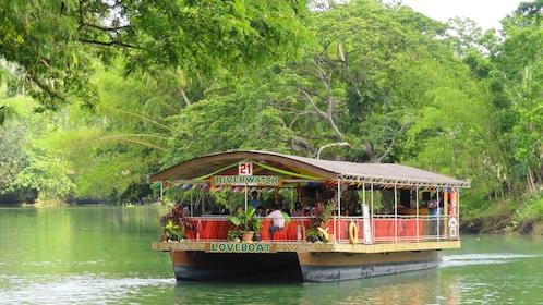 boat in manila