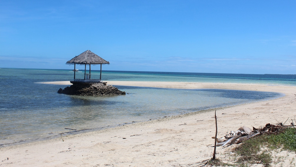 Show item 4 of 5. beach in manila