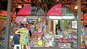Private Manila Shopping Tour