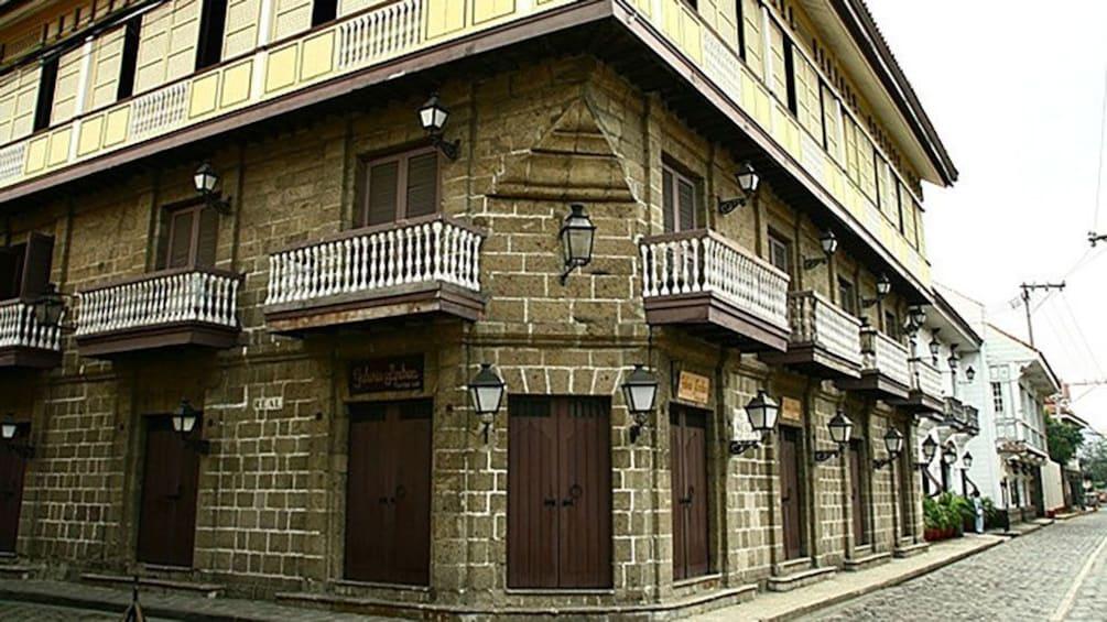 Show item 5 of 5. Casa Manila