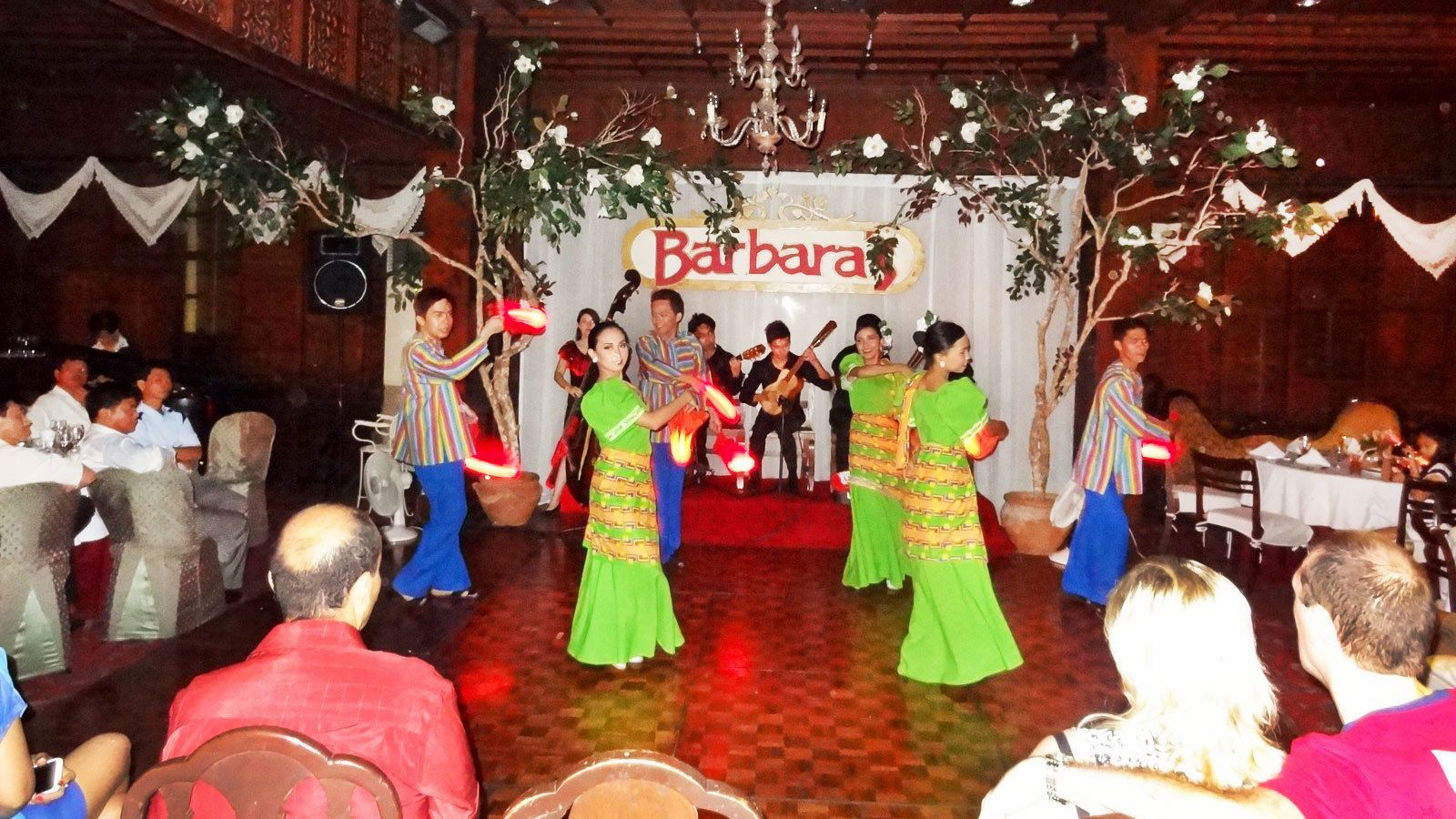 Private Evening Tour of Old Manila with Cultural Dance Performance & Dinner