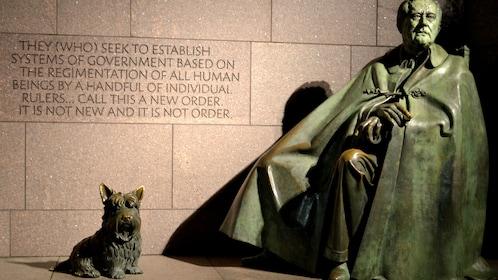 FDR Monument statue