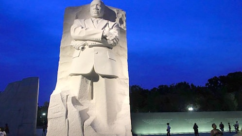 MLK monument in DC