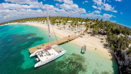 Catalina Snorkeling adventure in Punta Cana