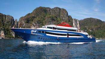 Ferry compartido: Ciudad de Phuket a isla Phi Phi