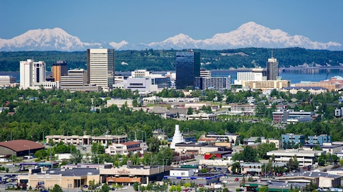 Cityscape with mountains in the background in Anchorage