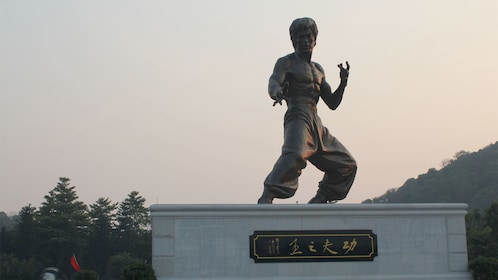 Statue of Bruce Lee on the Kungfu Tour in Bruce Lees Hometown