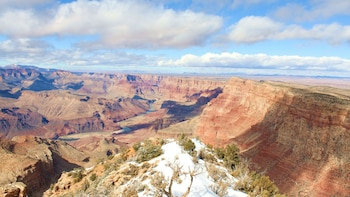 Helicopter & Walking Tour at Grand Canyon with Lunch