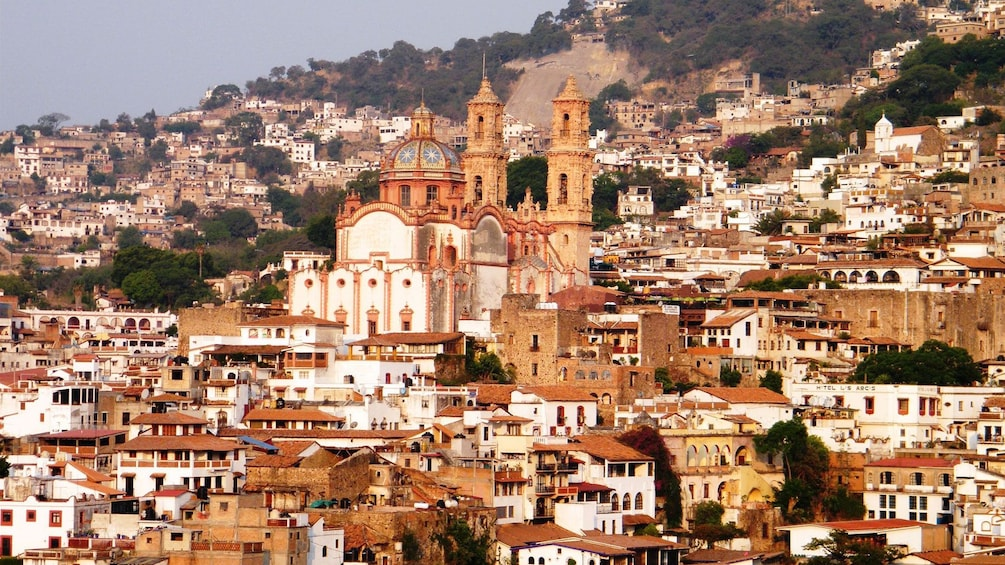 Cargar foto 4 de 5. City of Taxco