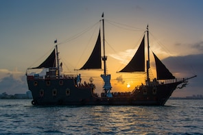 Jolly Roger Pirate Show & Dinner Cruise with Deluxe Open Bar