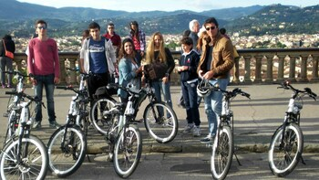 Florence and Hills Electric Bike Half-Day Tour with Tastings