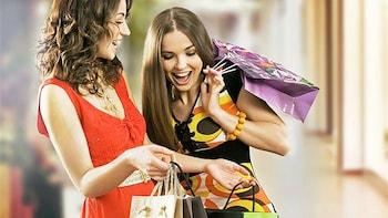 Indlæs billede 5 af 5. Women shopping in Japan