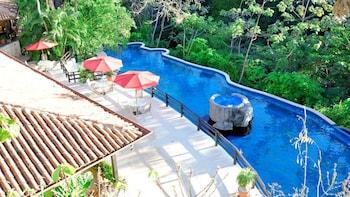 Vandara Hot Springs & Adventure Tour
