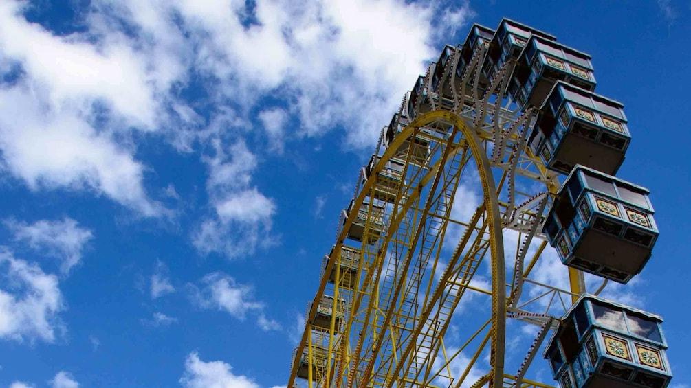 Charger l'élément 3 sur 9. Ferris wheel in Munich