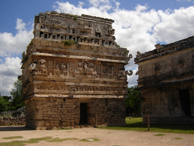 Charger l'élément 5 sur 8. Chichén Itzá Express Tour with Breakfast