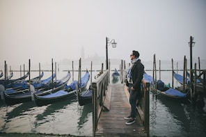 Private Session with a Local Photographer in Venice