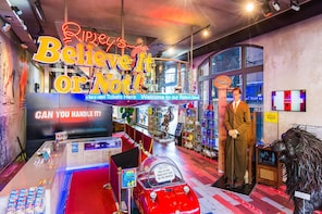 Ripley's Believe It or Not! − Amsterdam Billetter