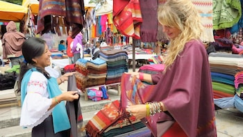 Daily departures: Small Groups to Otavalo Indigenous Market