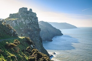 Self-guided Scavenger Hunt Tour - Jurassic Coast (1 Day Private)