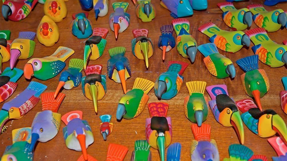 Decorative birds in granada