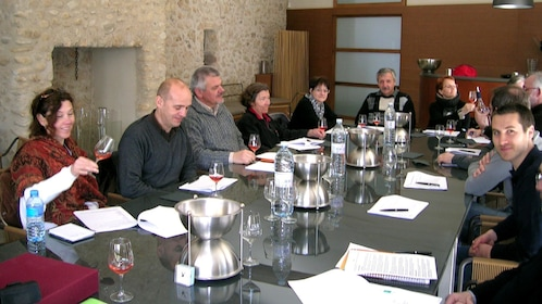 Wine tasting group in Montpellier
