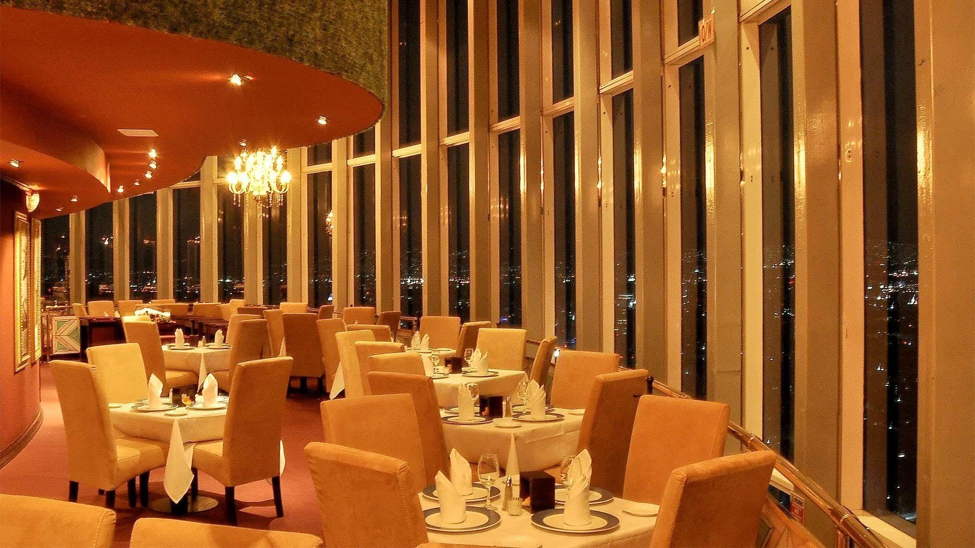 Garibaldi by Night & Dinner at Bellini