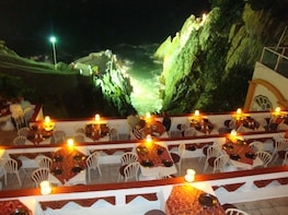 Cliff-Diving Show at La Perla Restaurant