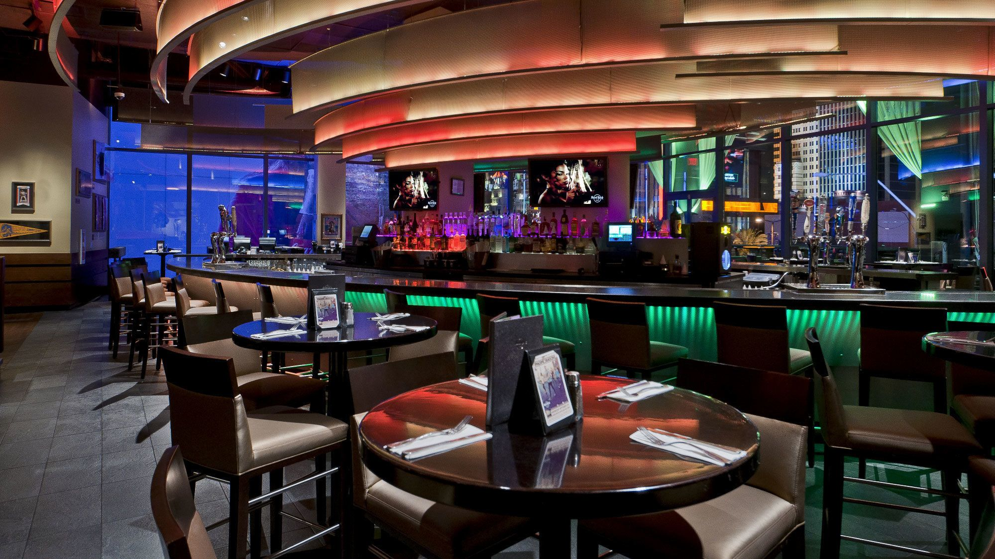 Dining at Hard Rock Cafe Las Vegas Strip with Priority Seating