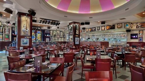 Dining At Hard Rock Cafe Atlantic City With Priority