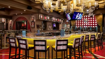 Dining at Hard Rock Cafe Baltimore with Priority Seating