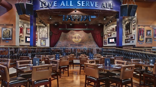 Concert area within the Hard Rock Cafe, Pittsburg