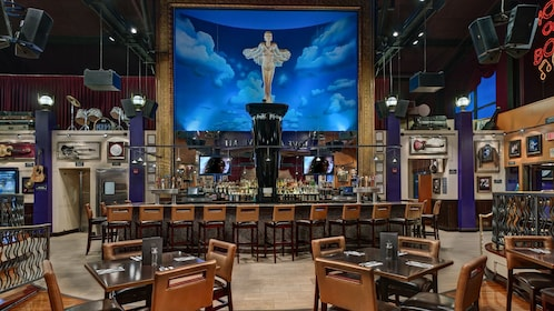 Bar within the Hard Rock Cafe in Pittsburg