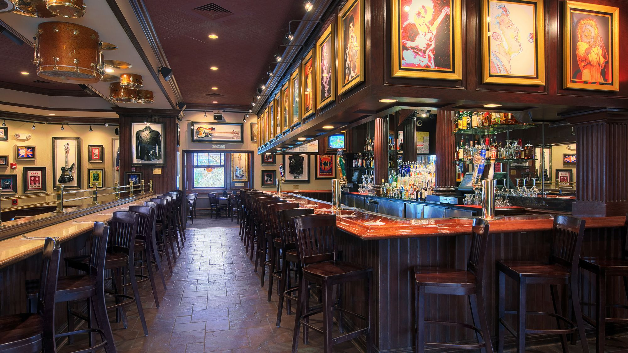 Bar area of the St. Louis Hard Rock Cafe