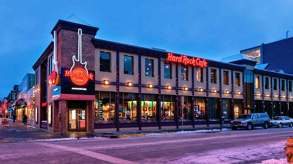 Dining at Hard Rock Cafe Anchorage with Priority Seating