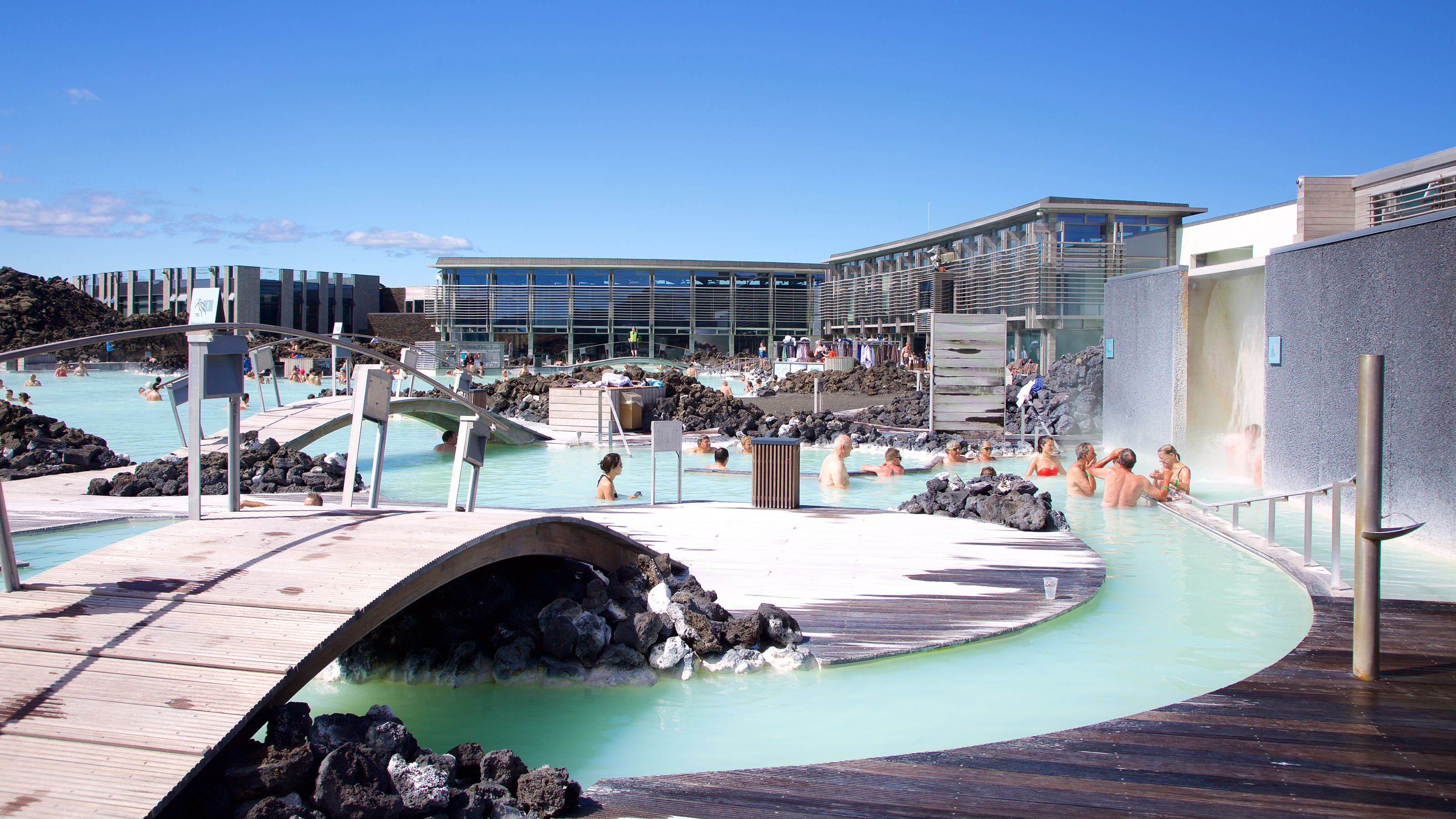 Flexible Bus Transfers between Reykjavik & the Blue Lagoon