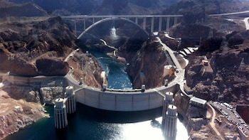 Hoover Dam Helicopter Tour with Lake Mead & Black Canyon