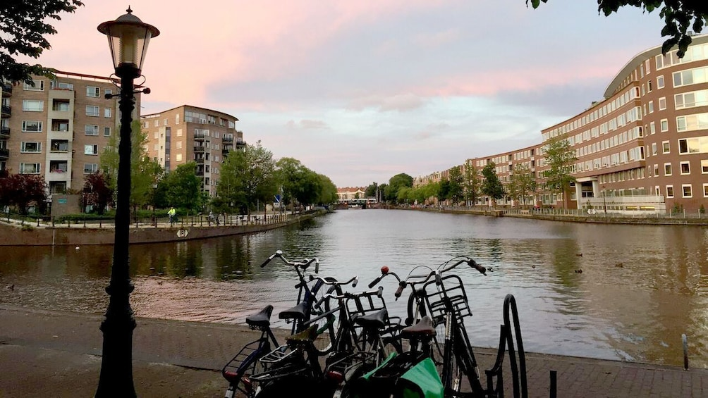 Charger l'élément 1 sur 5. Amsterdam canal
