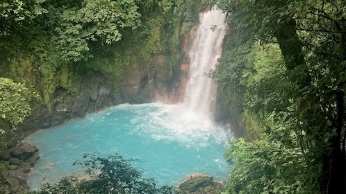 Beautiful waterfall view on the Tenorio Volcano National Park & Rio Celeste Tour