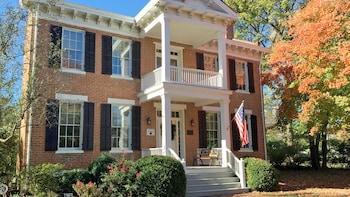 Private Historic Homes Tour