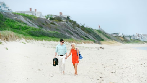 Couple on a photoshoot in Cape Cod