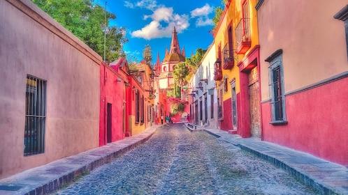 Alley way in Mexico city