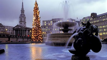 Christmas Day Sights & Sounds of London Tour
