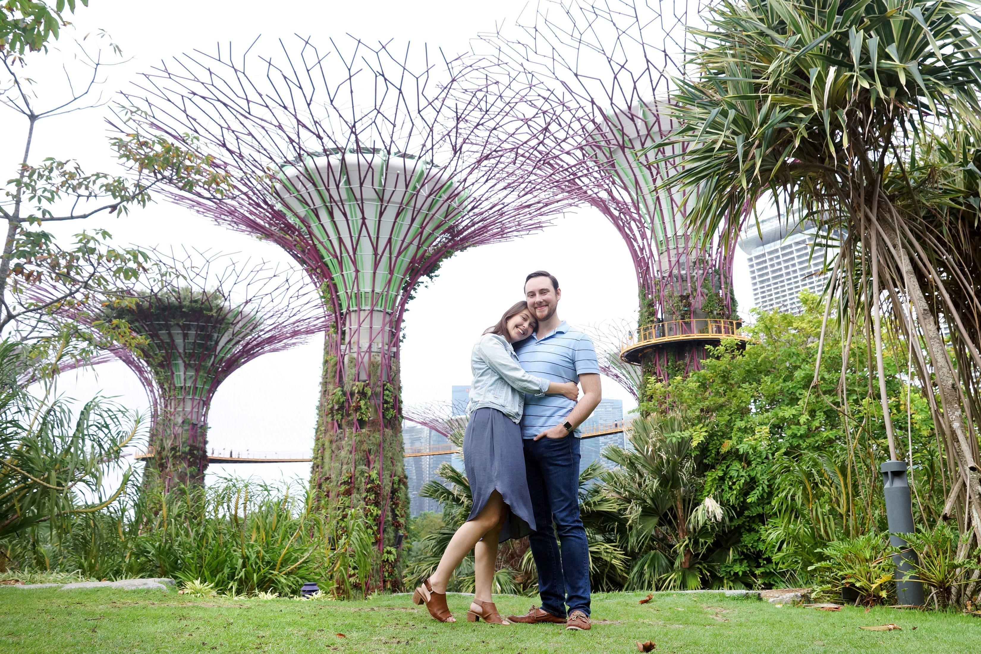 Brandon in Singapore for Flytographer.jpg
