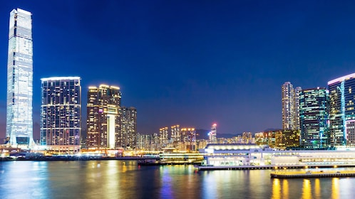 Night view on the Hong Kong City Tour with Dinner Cruise