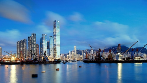 Views on the Hong Kong City Tour with Dinner Cruise