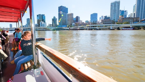 Riverboat tour in Brisbane