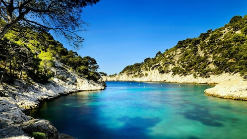 Clear blue water in a cove in Cassis