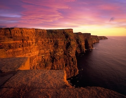 Aran Islands,Cliffs of Moher & Cliff Cruise Tour from Galway
